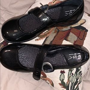 b.o.c Mary Jane man made patent leather shoes